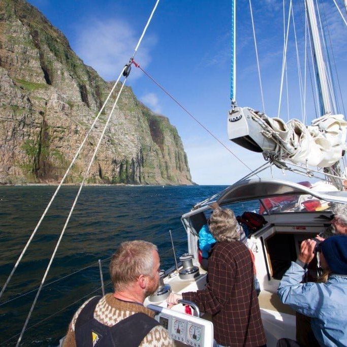 Sail boat Expeditions